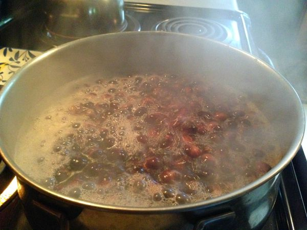 simmering grapes for soda