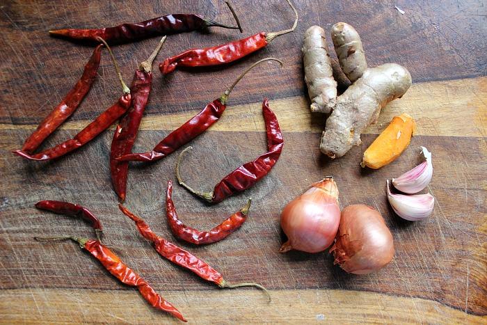 thai sour curry paste ingredients