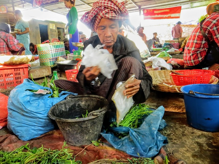 cambodian food at the market