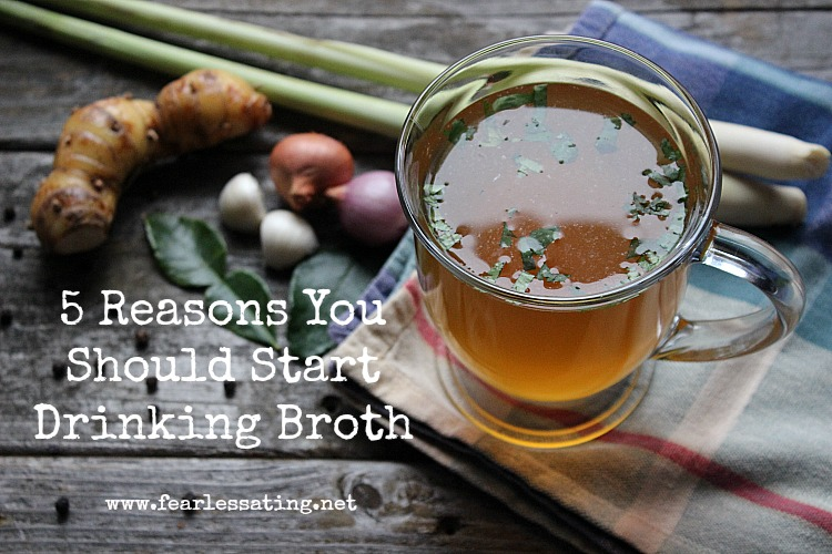 5 reasons to start drinking broth