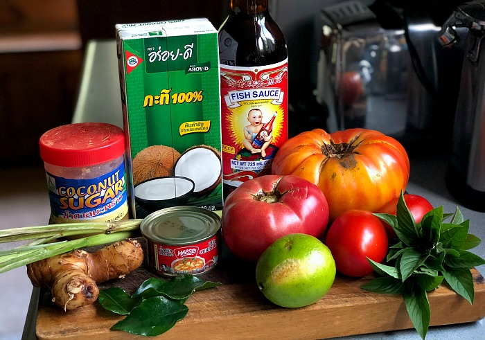 Thai tomato soup ingredients