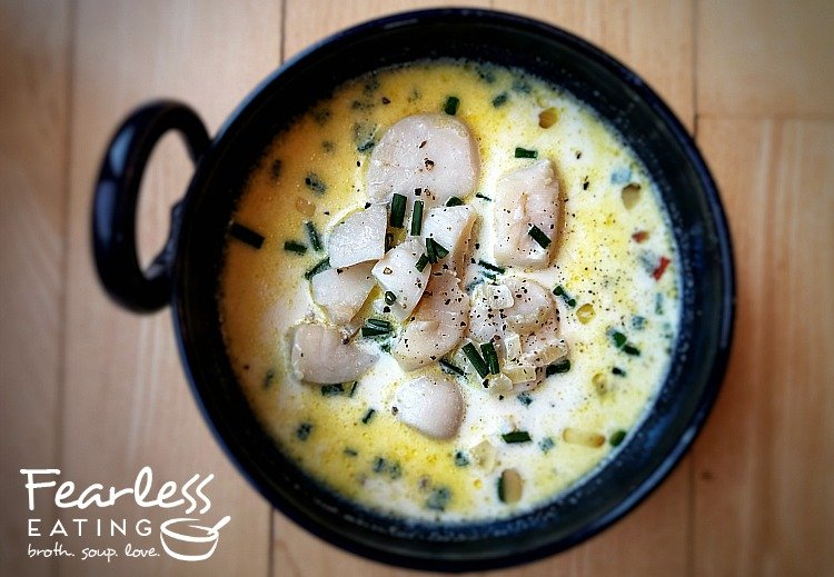 traditional new england scallop stew